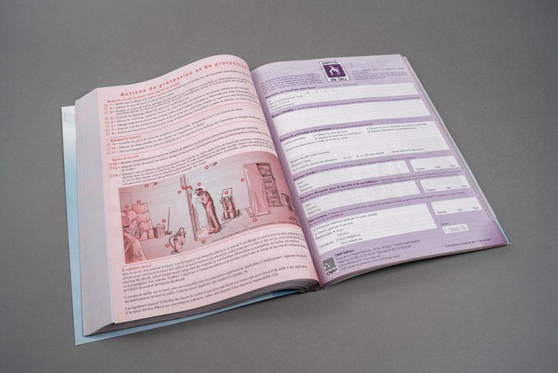 Imprimé administratif carnet