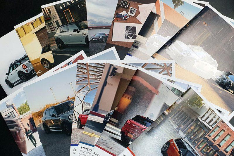 Brochures avec vernis sélectif brillant